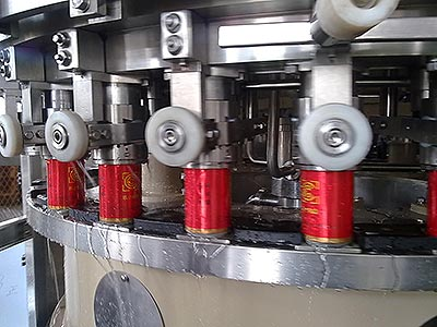 Canned Juice Beverage Filling and Capping 2 in 1 Machine(150can/min)