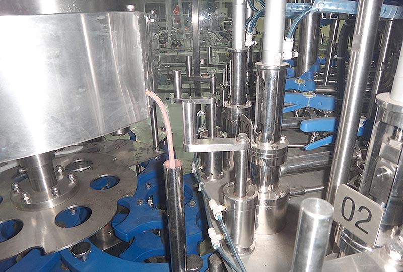 edible-oil-bottle-filling-machine-2