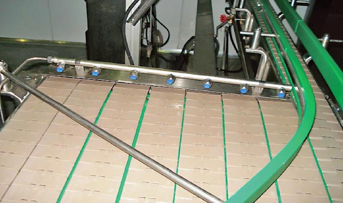 filled-bottle-conveyor-system
