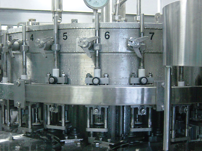 carbonated-filling-machine-2