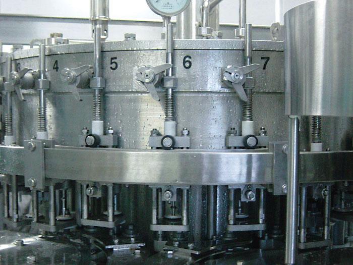 carbonated-filling-machine-2