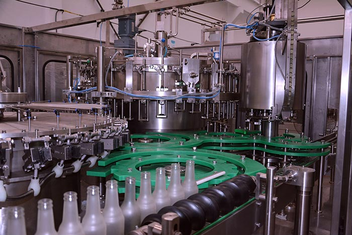 carbonated-beverage-filling-equipment-2