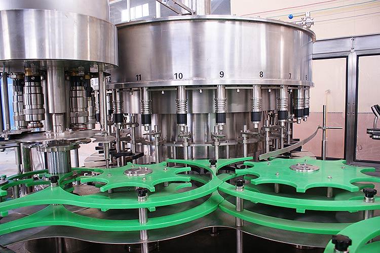 plastic-bottle-rotary-filling-monobla-machine-1