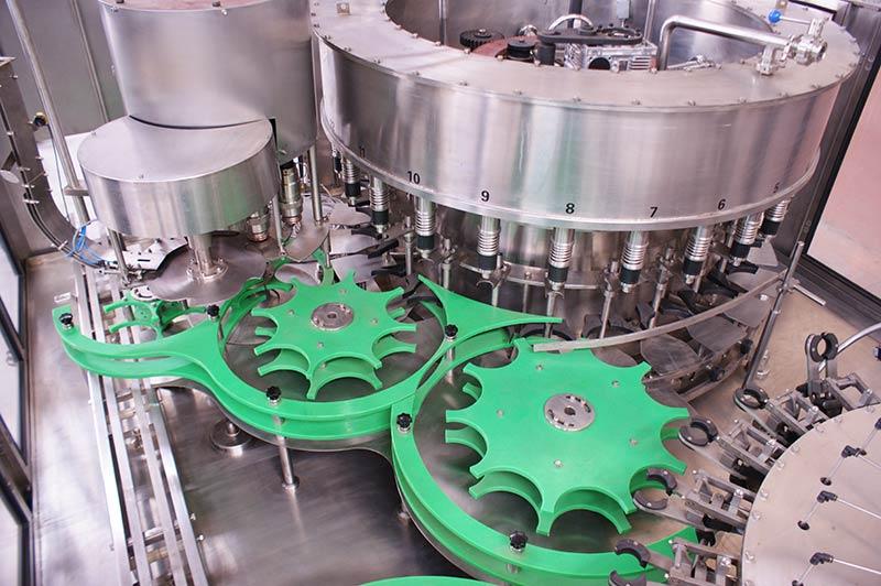 Mineral-Water-Liquid-Filling-Machine-2